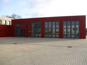 Fahrzeughalle mit den 4 Toren